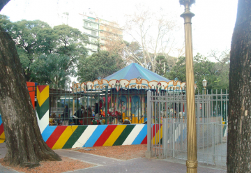 Calesita – Plaza Flores