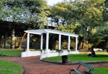 Recuperacion del antiguo Rosedal de Parque Chacabuco