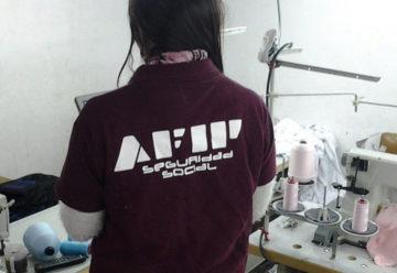 La AFIP allanó Talleres clandestino y detuvo a dos personas
