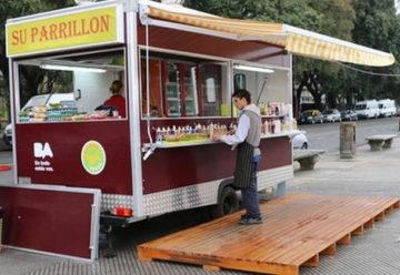 """Aprueban ley queregula los """"food trucks"""" en la ciudad"""