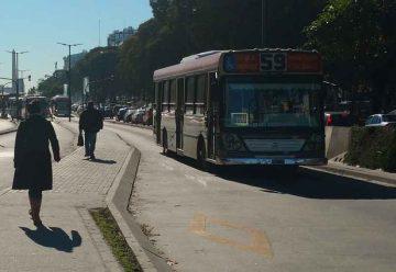 Los carriles de las calles y avenidas porteñas podrán reducirse