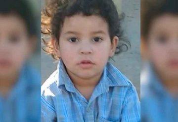 Buscan a su familia,lo encontraron en la calle hace casi tres meses