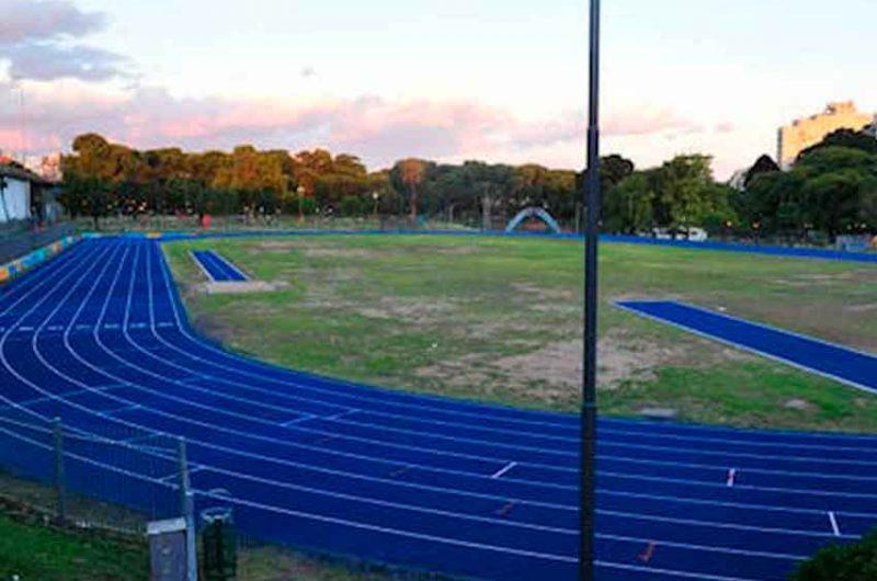Hoy abrirá la remodelada pista atlética de Parque Chacabuco