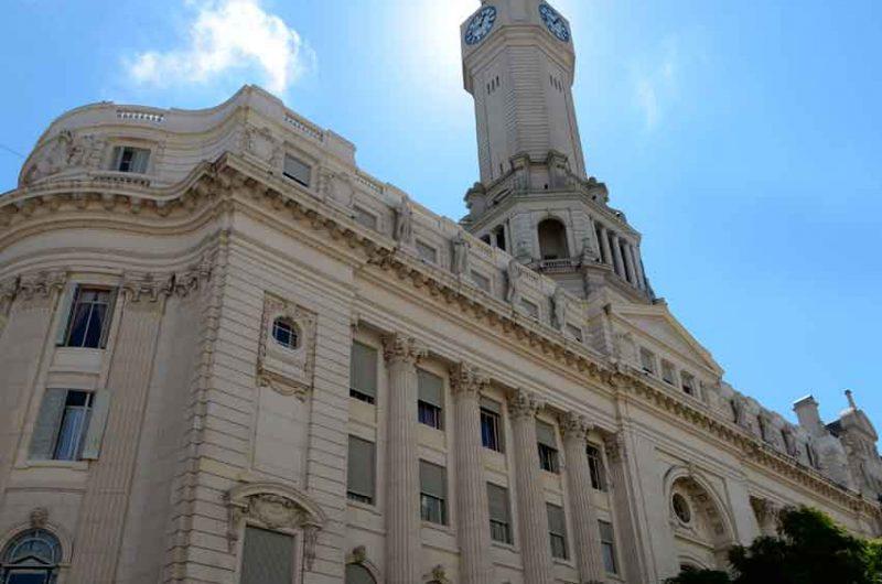 La Legislatura aprobó la exención IIBB para Aysa y Metrogas
