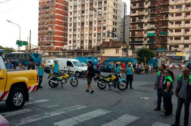 Operativo en Liniers contra la venta ilegal