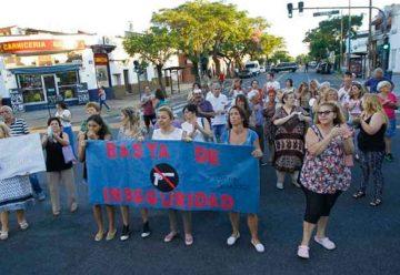 Vecinos de Parque Chacabuco denunciaron falta de seguridad
