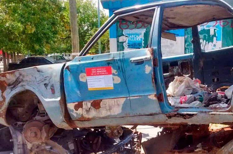 Control de vehículos abandonados en la comuna 7