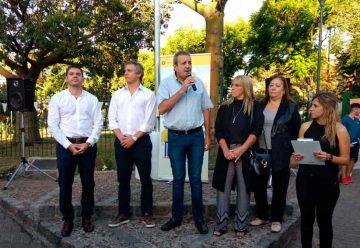 Flores recuperó una renovada Plaza de los Periodistas