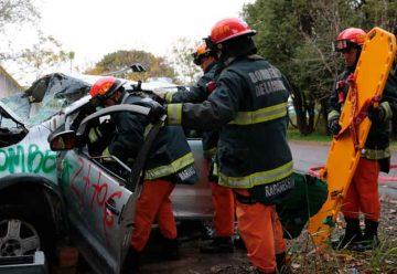 Simulacro de bomberos de la ciudad y Defensa Civil
