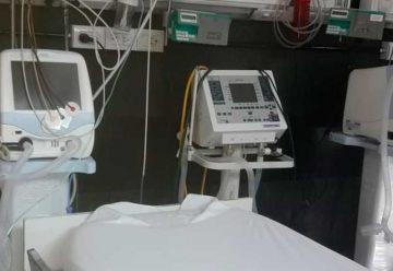 Acto de entrega de dos respiradoresal hospital Piñero
