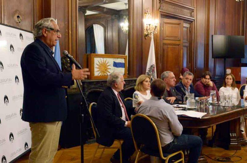 Proponen denominar Raúl Alfonsín a la estación Congreso de la línea A