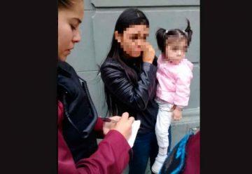 Capturaron a mecheros robando con su hija en brazos