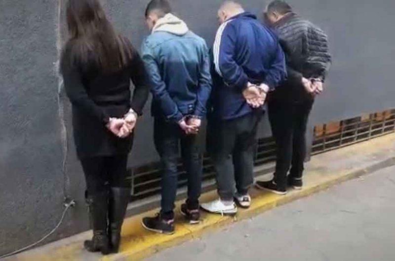 Detienen a banda que asaltaba abuelas en Liniers