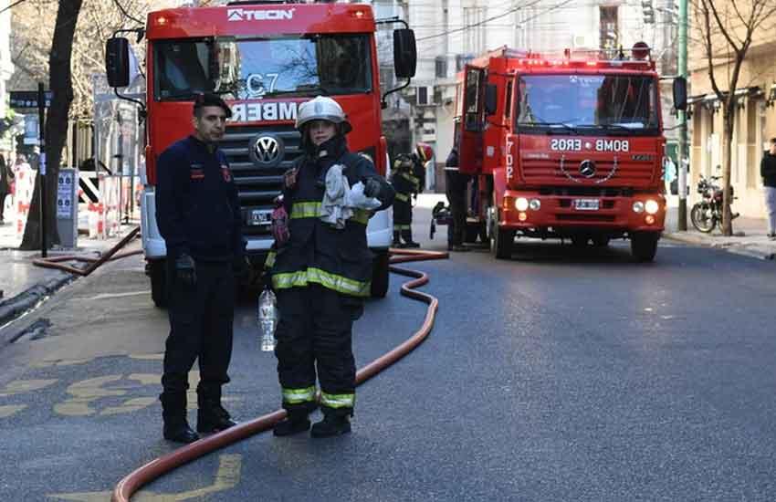 Incendio en el sanatorio Antártida del barrio de Caballito