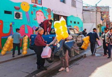 """La Policía donó juguetes a la fundación """"Margarita Barrientos"""""""