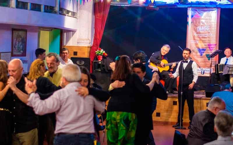 Santa Mitre y Frontera Oeste despiden el año con grandes festejos