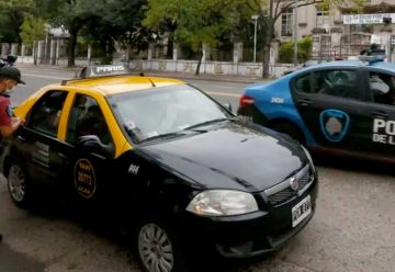 Retendrán la licencia de conducir a quienes no tengan permiso de circulación