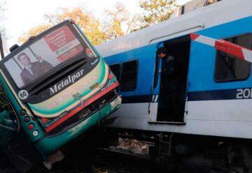 9 años del trágico accidente ferroviario y un colectivo en Flores
