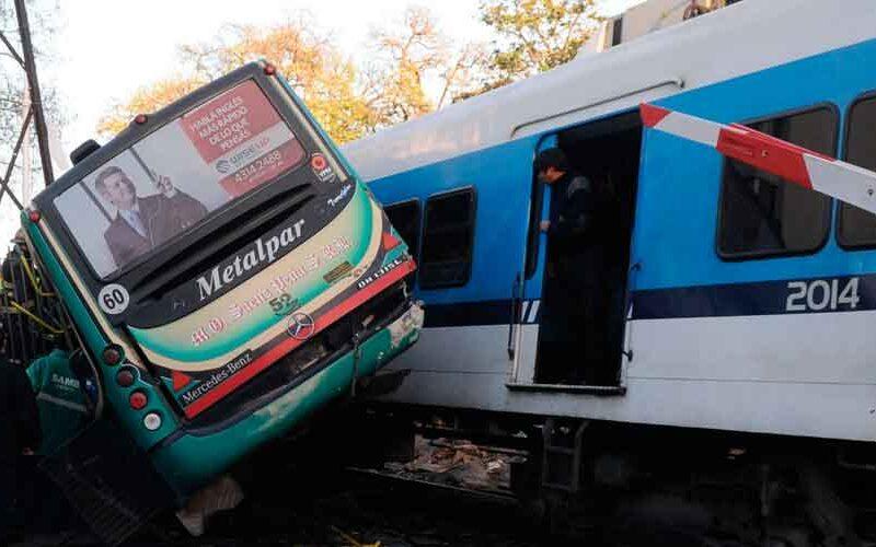 A 9 años del trágico accidente ferroviario y un colectivo