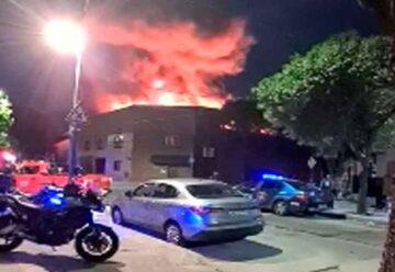 Incendio en un salón de fiestas en Parque Chacabuco