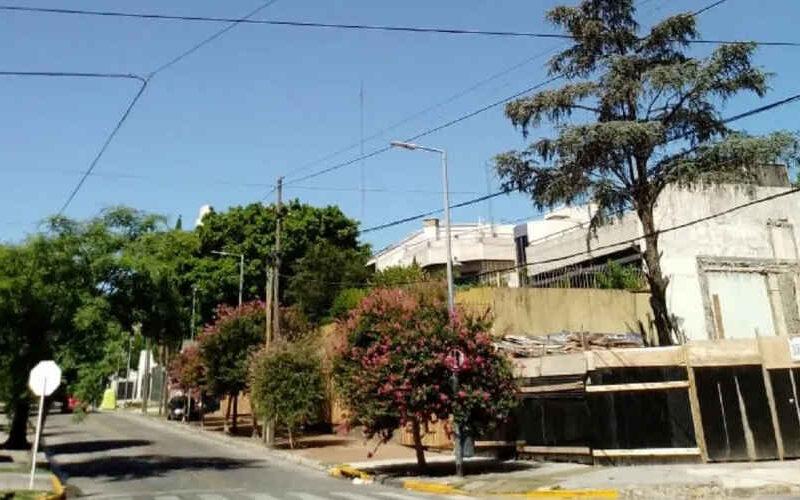 Denuncian irregularidades en construcción de torres en Parque Chacabuco