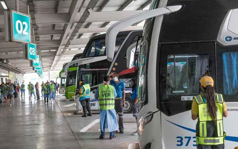 Colectivos modifican su recorrido para ingresar a la Terminal Dellepiane