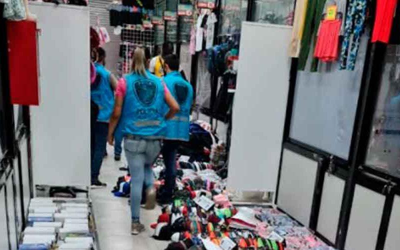 Secuestran más de 2.000 artículos apócrifos en Flores