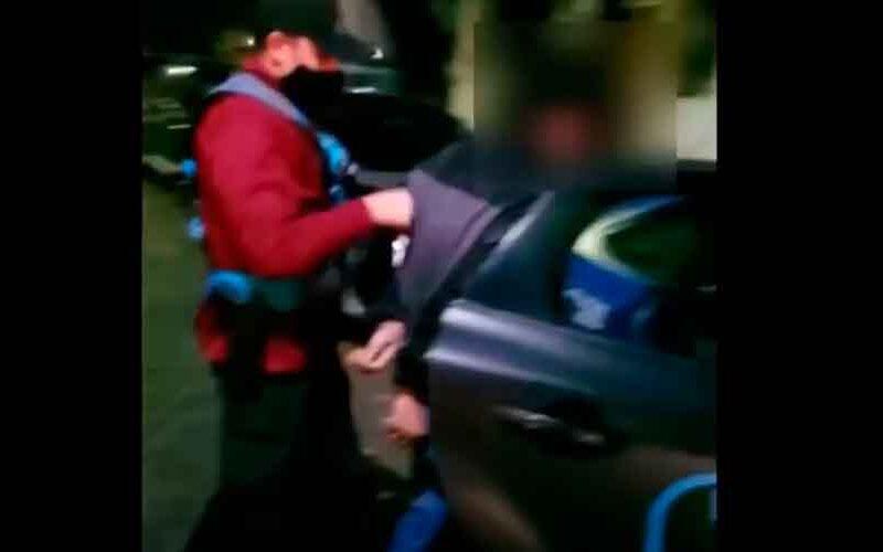 Detienen a delincuente que había entrado a robar a una casa