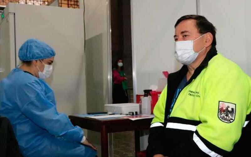 La Ciudad comenzó a vacunar al personal de Seguridad