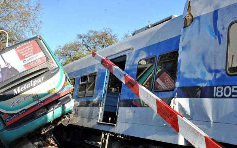 A 10 años del trágico accidente ferroviario y un colectivo
