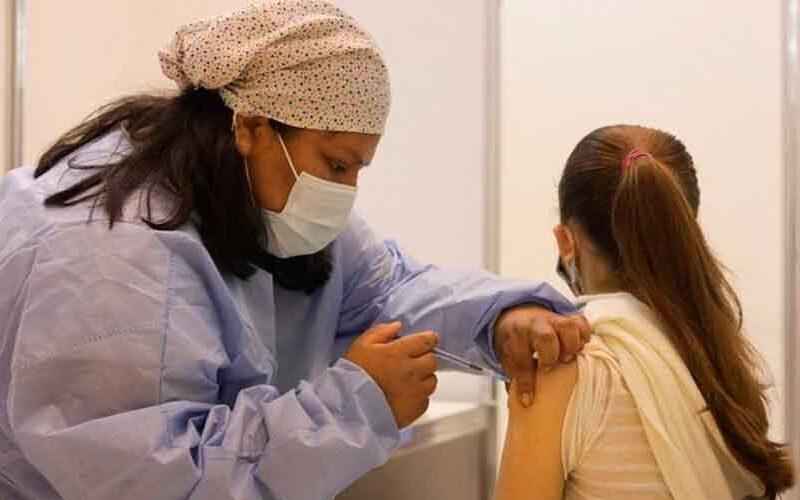 Comenzó la vacunación de los adolescentes de 12 a 17 años